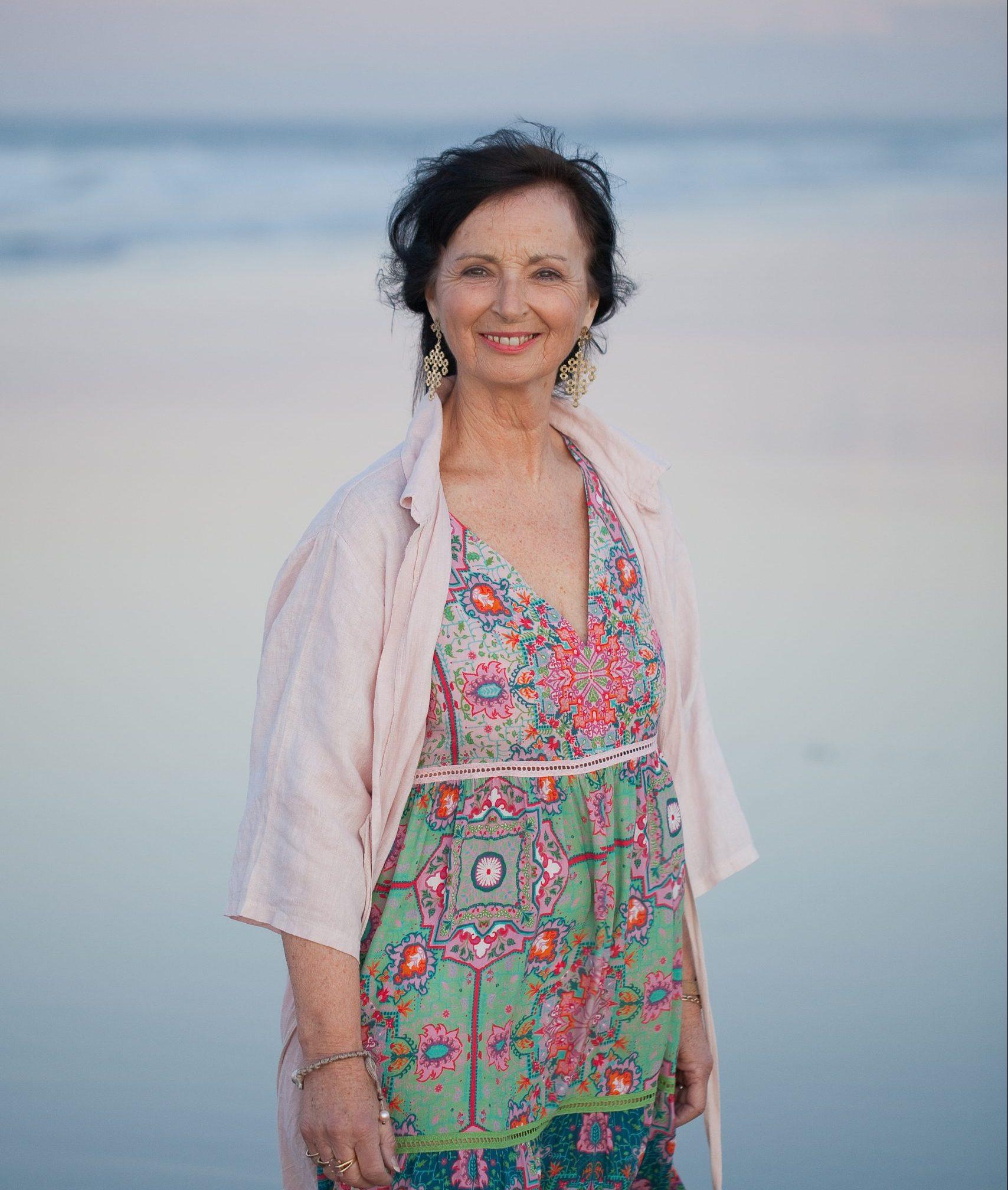 Josephine Hickman Beautiful Minds Hypnotherapy About Me RTT Therapist